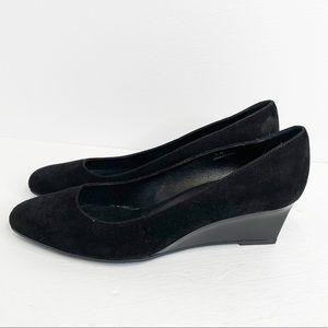 73c0b1cf9 Tod's Black Wedge Leather Shoe Size 10